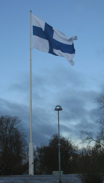 http://commons.wikimedia.org/wiki/File:Finnish_flag_with_pole_on_independence_day_2011.jpg